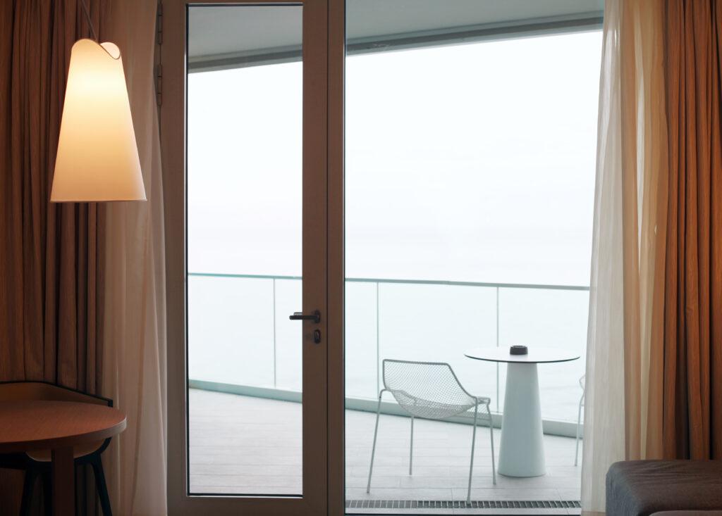 balkong fönster pris